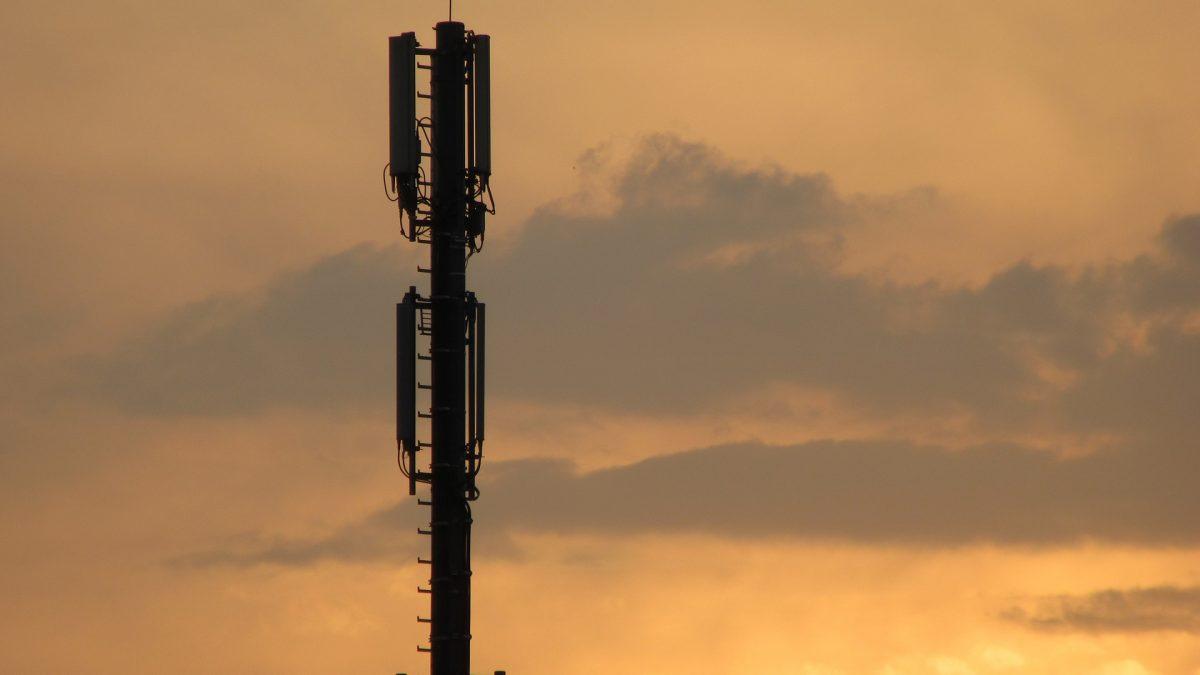 Vastnet mobile cell tower